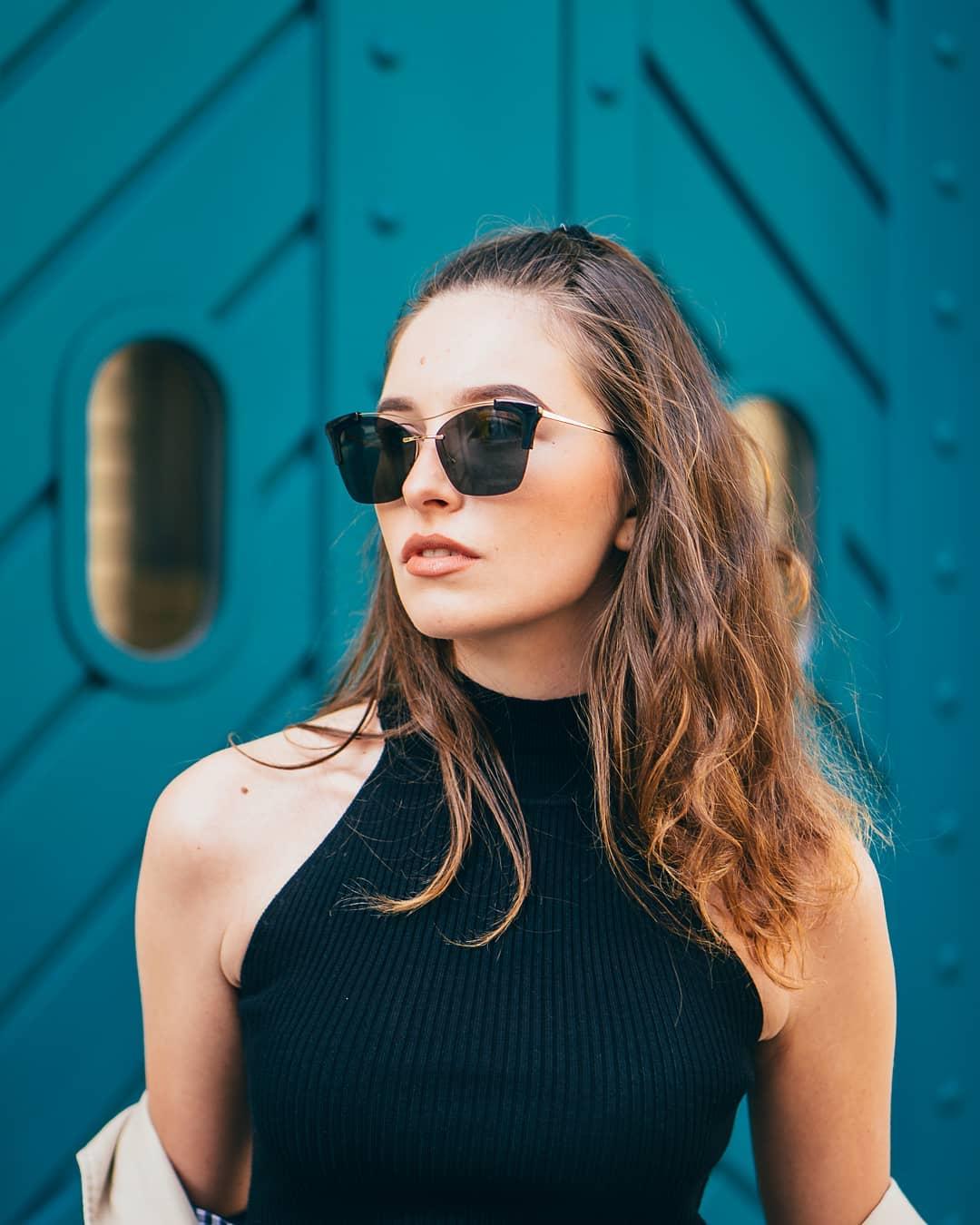 Brýle #Prada to je kombinace krásy, luxusu a elegance. Troufnete si na ně? . . . #slunecnibryle #vasecocky #sunglasses #dnesnosim