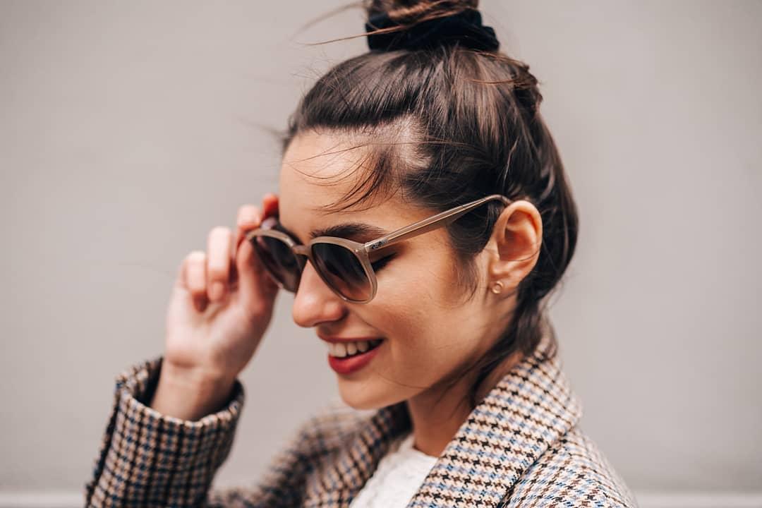 ️Velikonoční soutěž! ️ Pojďte s námi soutěžit o sluneční brýle Ray-Ban Do komentáře nám napište, které z těchto Ray-Ban slunečních brýlí se vám líbí nejvíc (1, 2 nebo 3), označte nejlepší kamarádku nebo kamaráda a sledujte @vasecocky. Vítěze vyhlásíme 14. dubna! Hodně štěstí  . . . . . #soutez #velikonoce #slunecnibryle #vasecocky #sunglasses #Rayban #instaglasses #sunglasseslover #sunglassesstyle #sunglassestrends #sunnies