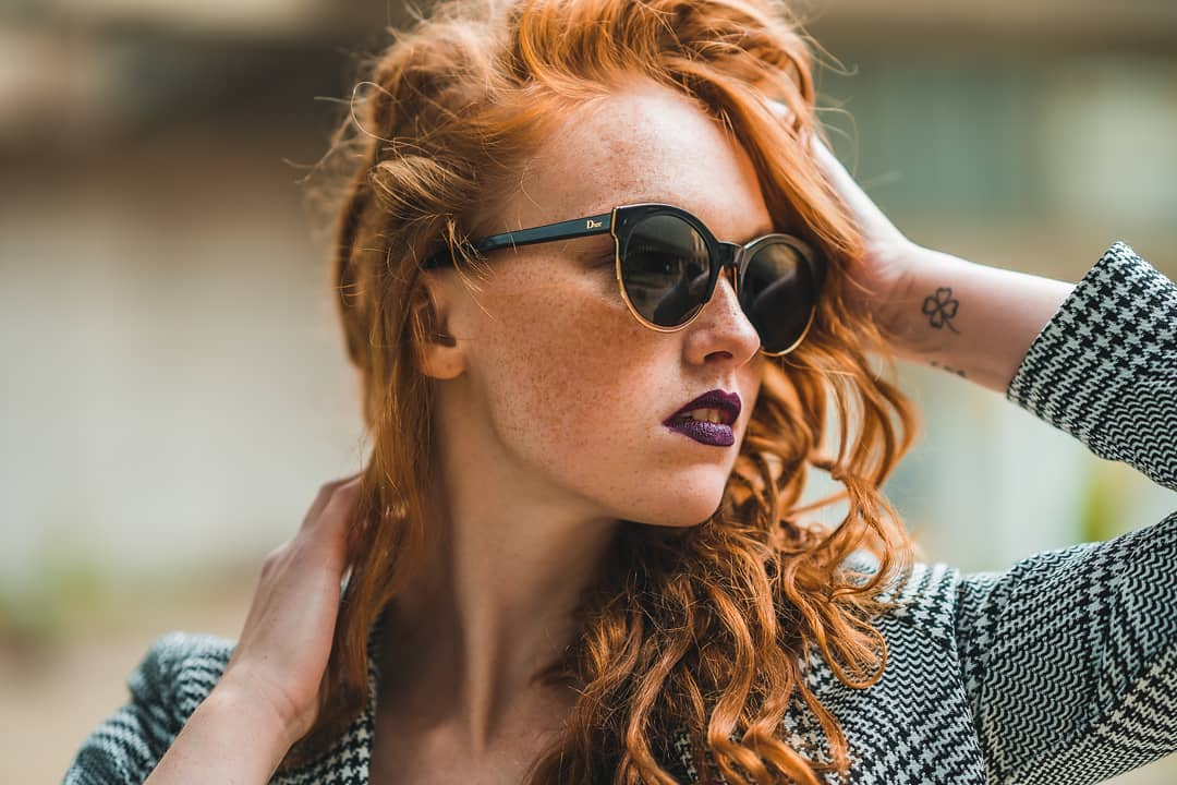 Šarm, luxus a elegancia - upútajte pozornosť slunečnými okuliarmi #Dior ️ . #vasesosovky #slunecneokuliare #sunglasses #dnesnosim #leto