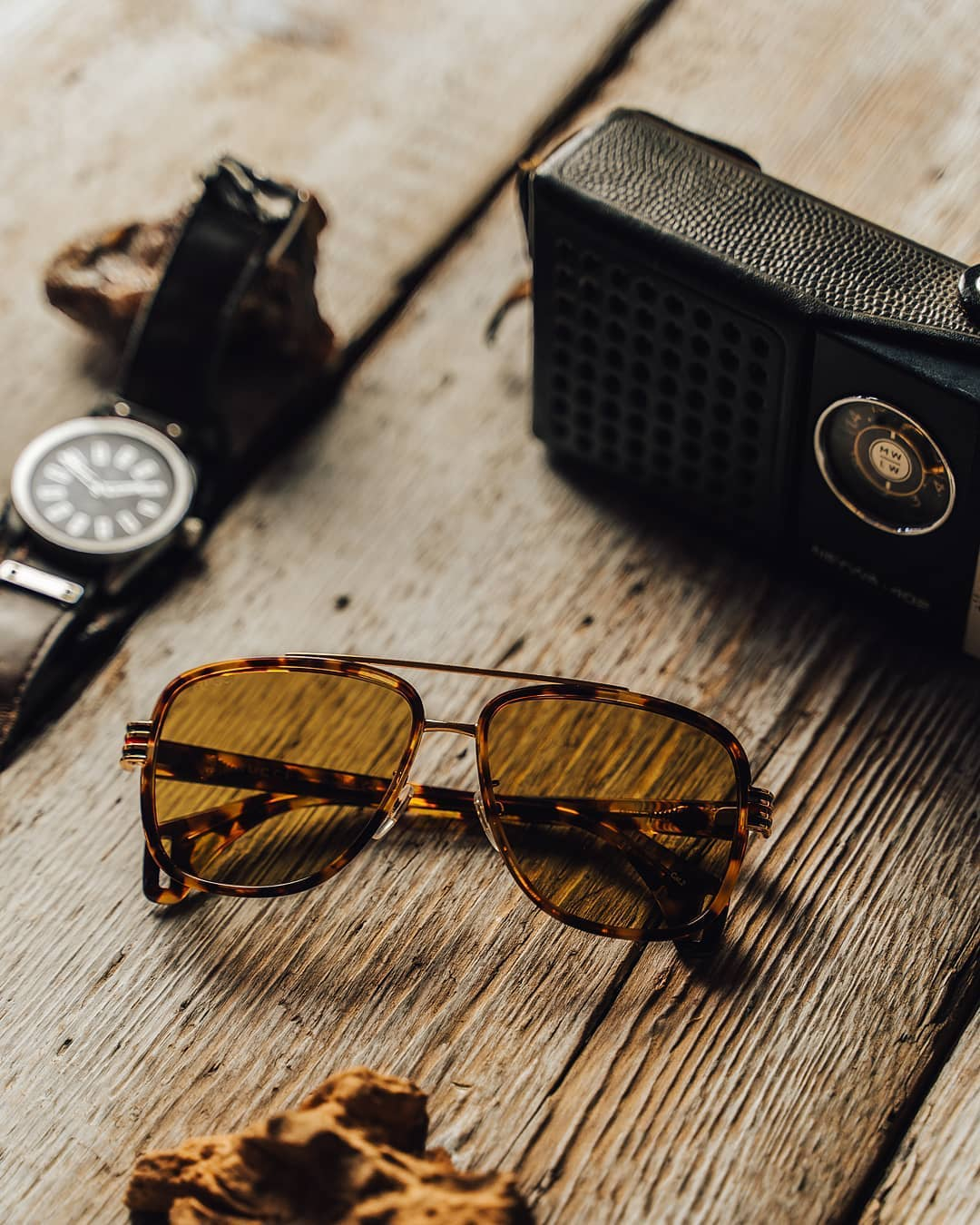 Italská značka #Gucci je jednou z módních ikon a příští rok bude oslavovat 100 let  Oživte svůj outfit slunečními brýlemi z jejich dílny a dopřejte si tak dotek luxusu a elegance  . . . . . #vasecocky #slunecnibryle #sunglasses #sunnies #sunglassesfashion #sunglasseslover #sunglassestrends #fashioneyewear #fashioninspiration #instaglasses