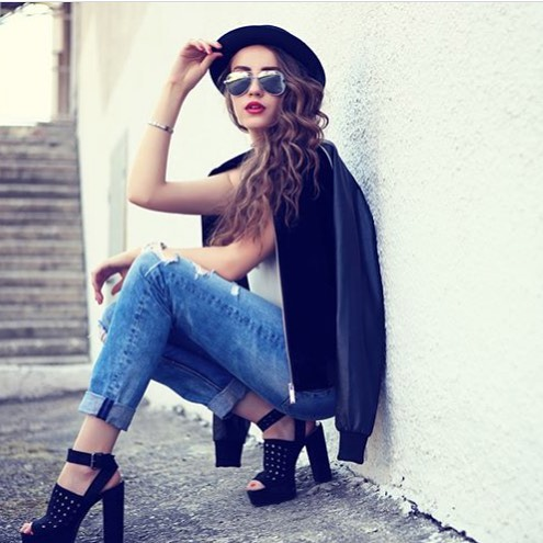 Nov znaka slunench brl na naem e-shopu #Polaroid uniktn spojen funknosti a stylu https://www.vasecocky.cz/slunecni-bryle/polaroid.html #brand #fashion #summer #holiday #woman #girl #outfit #sun #sunglasses #vasecocky #cool #shopaholic #shop #nakupuj
