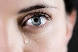 Víte k čemu nám slouží slzy?