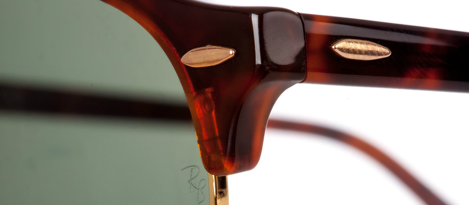 c9fcb58579 Cómo detectar gafas de sol Ray-Ban falsas: guía detallada de 5 pasos ...